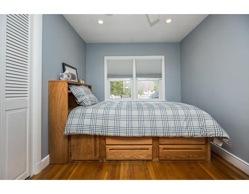 Picture 12 of 21 Beverly Ave  Marblehead Ma 3 Bedroom Single Family
