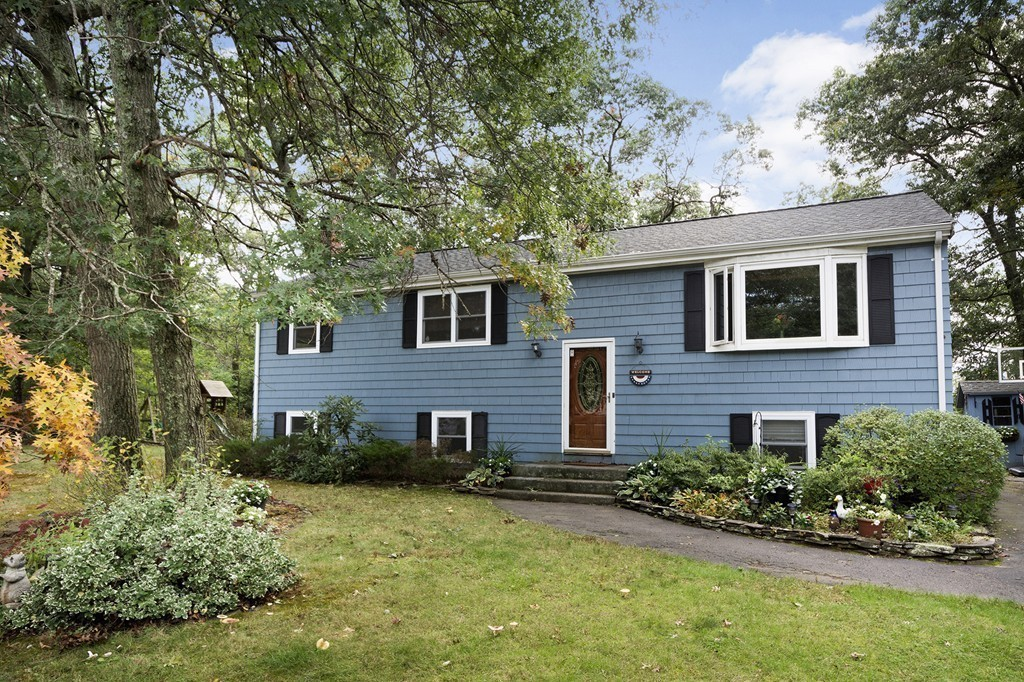 105 Hall Drive, Norwell, Massachusetts
