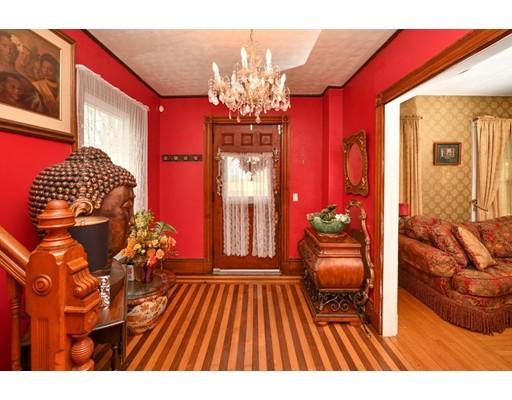 Picture 2 of 87 Arlington St  Boston Ma 4 Bedroom Single Family