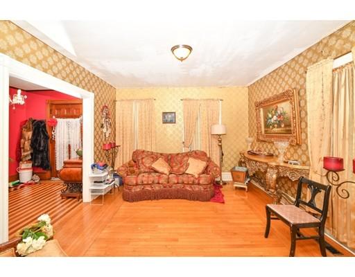 Picture 3 of 87 Arlington St  Boston Ma 4 Bedroom Single Family