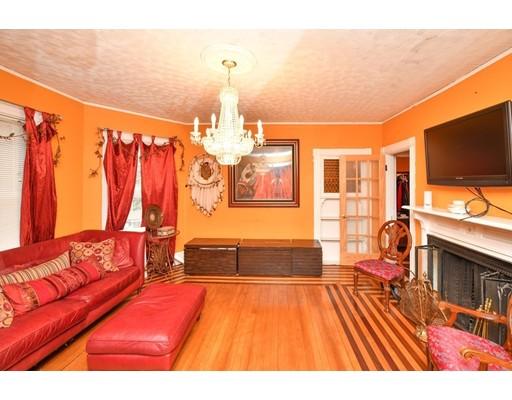 Picture 5 of 87 Arlington St  Boston Ma 4 Bedroom Single Family
