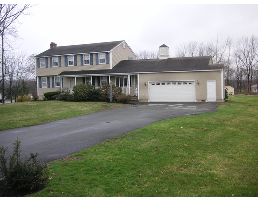 Picture 11 of 297 Fox Ave  Dracut Ma 4 Bedroom Single Family