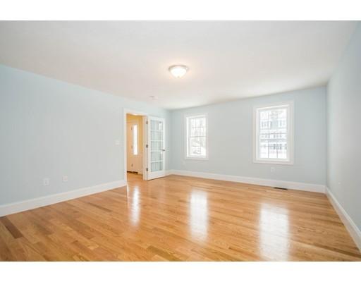 Picture 6 of 6 Fieldstone Lane  Billerica Ma 4 Bedroom Single Family