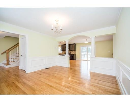 Picture 7 of 6 Fieldstone Lane  Billerica Ma 4 Bedroom Single Family