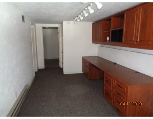 Picture 3 of 18 Orient Way Unit 18 Salem Ma 2 Bedroom Condo