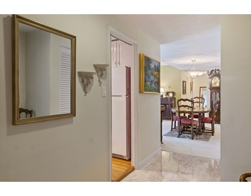 Picture 10 of 65 Grove St Unit 145 Wellesley Ma 2 Bedroom Condo
