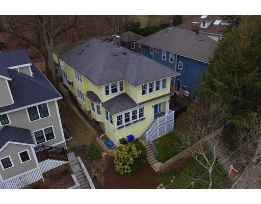 Picture 2 of 126 Winchester St  Brookline Ma 4 Bedroom Single Family