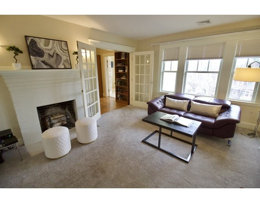 Picture 11 of 126 Winchester St  Brookline Ma 4 Bedroom Single Family