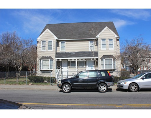 Photo: 385 Essex St, Lynn, MA