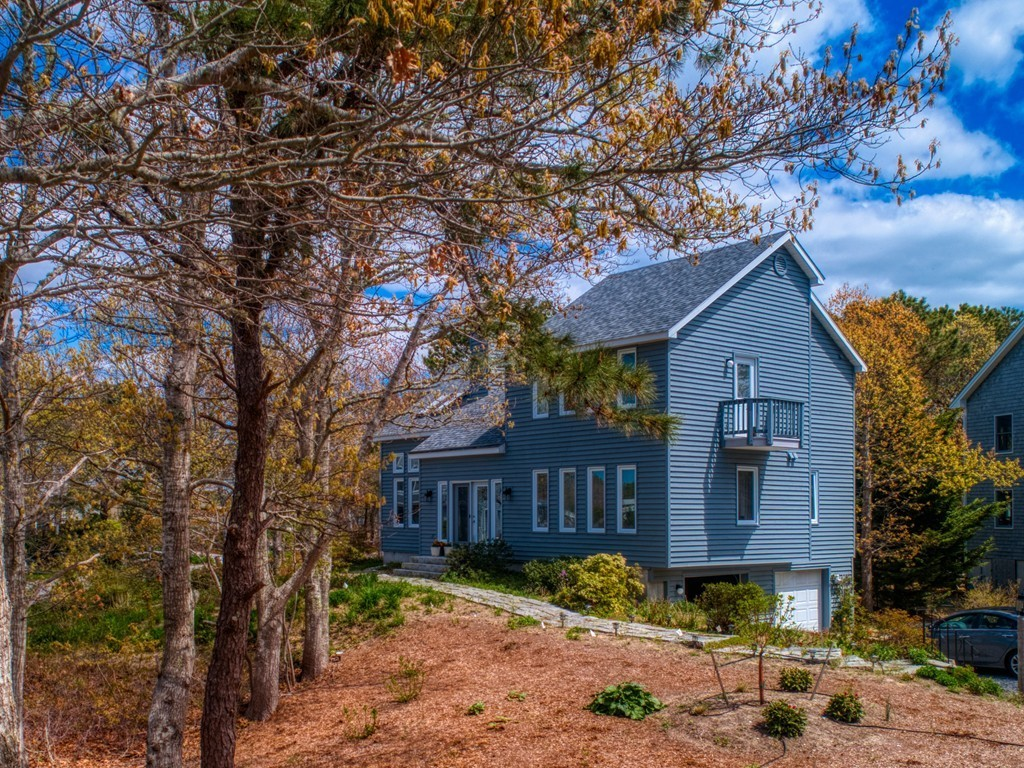 92 Whippoorwill Circle, Mashpee, Massachusetts