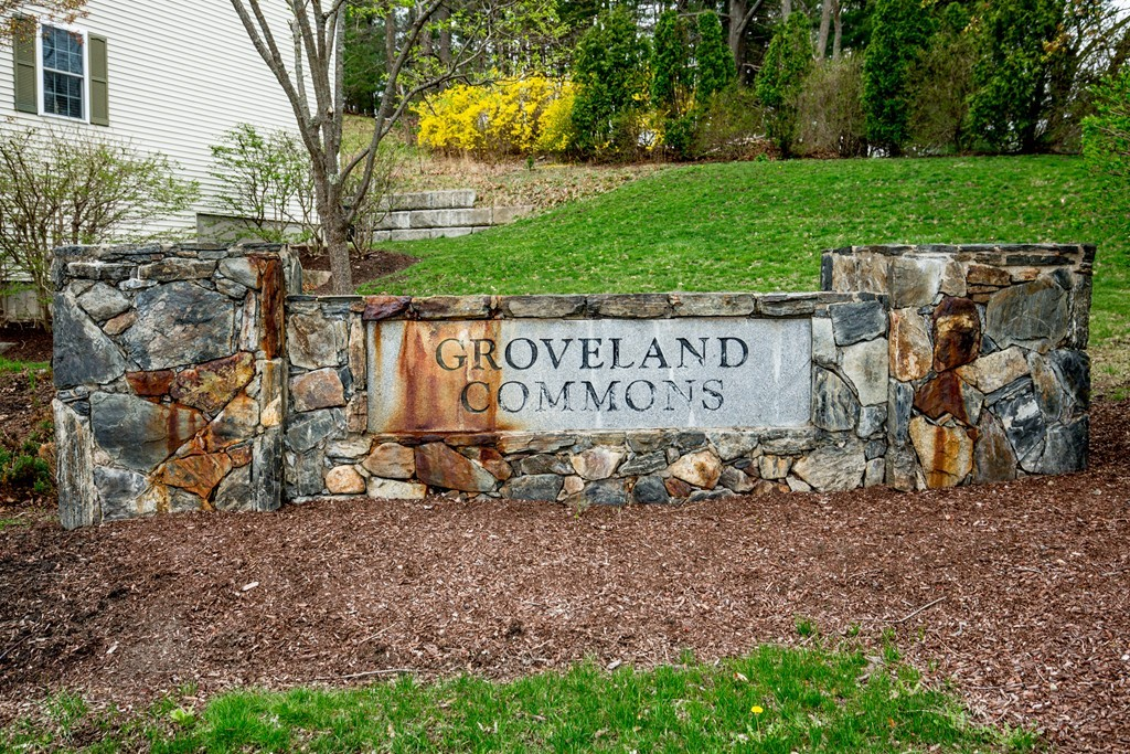 36 Groveland Commons Way Unit 36, Groveland, Massachusetts