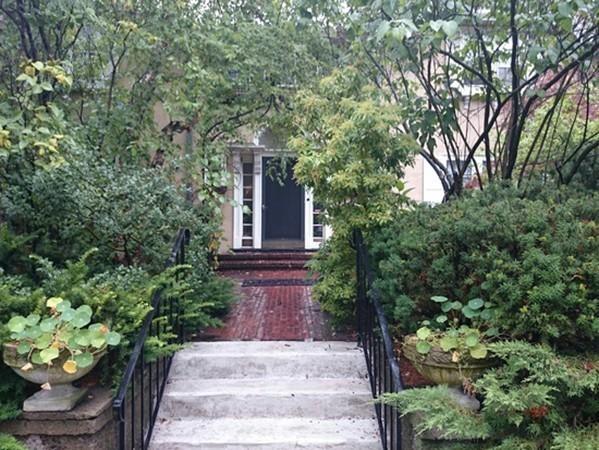 474 Chestnut Hill Ave Unit 3, Brookline, Massachusetts