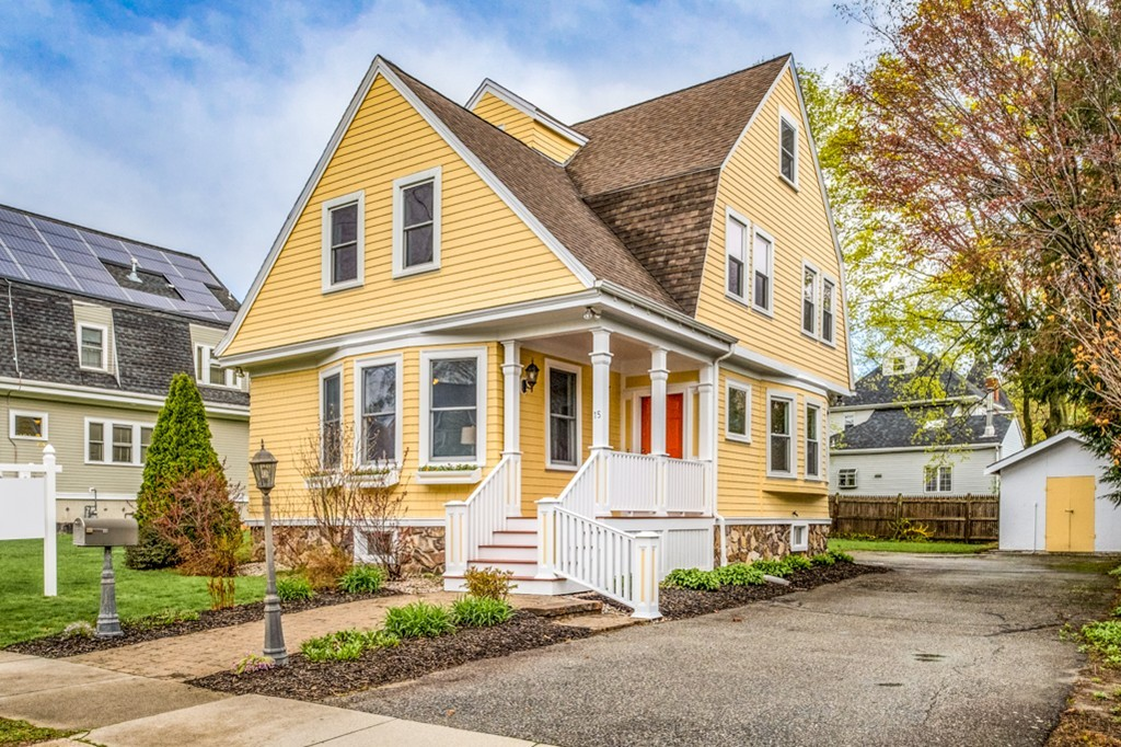 15 Garfield Ave, Winchester, Massachusetts
