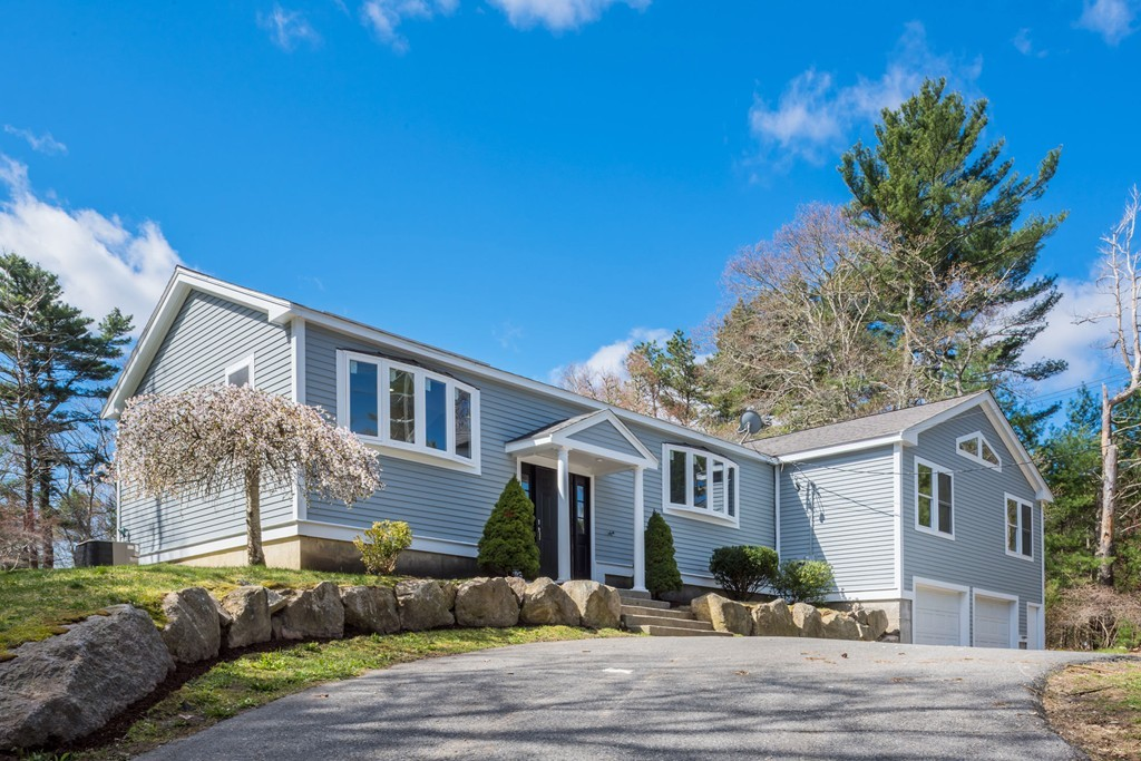 242 Hedges Pond Rd, Plymouth, Massachusetts