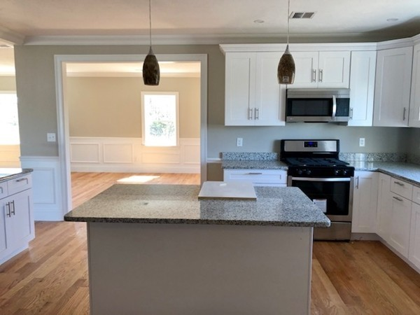 Picture 4 of 713 Sea St  Quincy Ma 7 Bedroom Multi-family