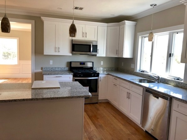 Picture 5 of 713 Sea St  Quincy Ma 7 Bedroom Multi-family