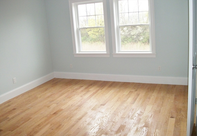 Picture 13 of 713 Sea St  Quincy Ma 7 Bedroom Multi-family