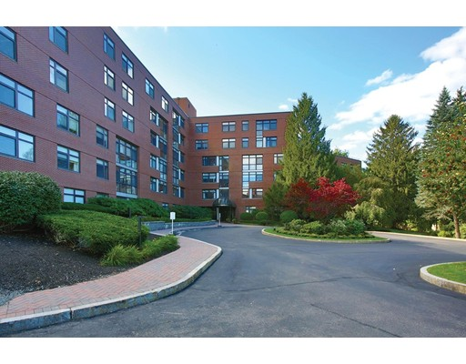 Picture 2 of 77 Florence St Unit 207n Newton Ma 2 Bedroom Condo