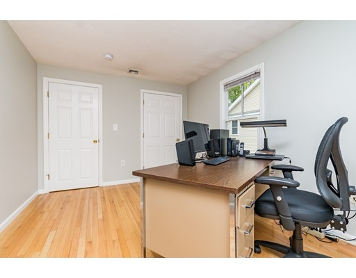 Picture 7 of 83 Fayette St Unit 83 Watertown Ma 3 Bedroom Condo