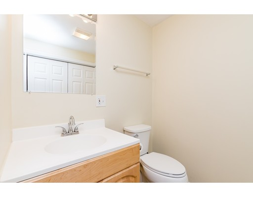 Picture 9 of 83 Fayette St Unit 83 Watertown Ma 3 Bedroom Condo