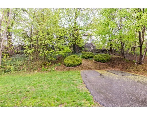 Picture 11 of 83 Fayette St Unit 83 Watertown Ma 3 Bedroom Condo