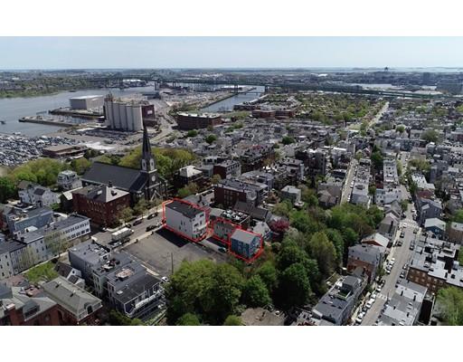 322 Bunker Hill St - Charlestown, MA