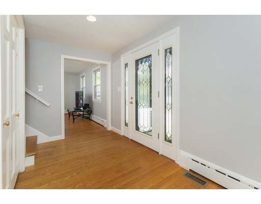 Picture 10 of 20 Melbourne Ave  Reading Ma 4 Bedroom Single Family