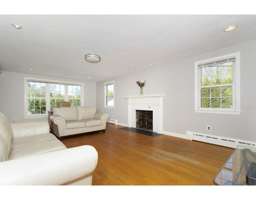 Picture 11 of 20 Melbourne Ave  Reading Ma 4 Bedroom Single Family