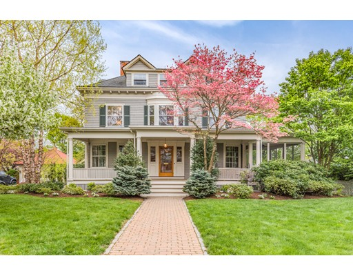 4 Lakeview Road, Winchester, MA 01890