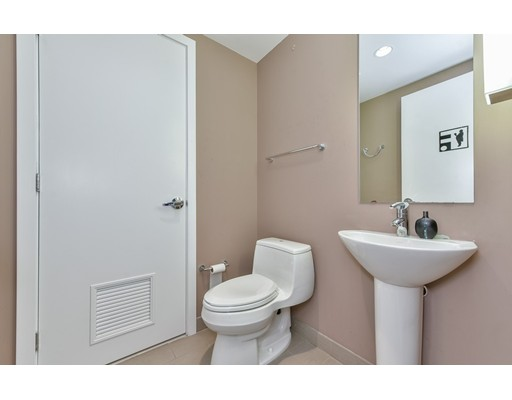 Picture 9 of 110 Stuart St Unit 16b Boston Ma 2 Bedroom Condo