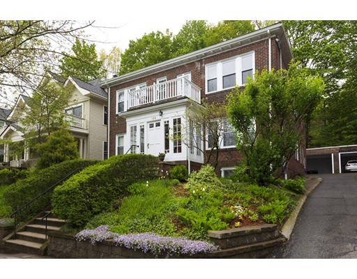 Winchester St, Brookline, MA 02446
