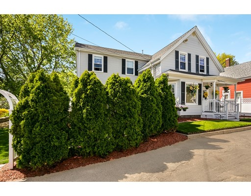 Picture 3 of 6 May Ct  Methuen Ma 4 Bedroom Single Family