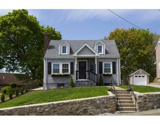 Picture 2 of 54 Powder House Rd  Medford Ma 3 Bedroom Single Family