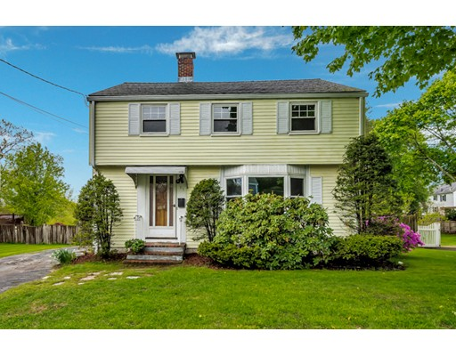 Picture 11 of 35 Tufts Rd  Winchester Ma 3 Bedroom Single Family