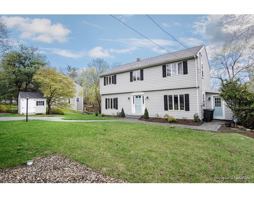 Picture 2 of 13 Wildwood Rd  Andover Ma 3 Bedroom Single Family