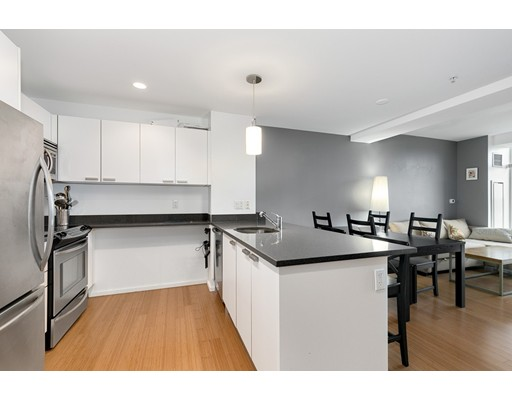 Picture 7 of 2 Earhart St Unit 607 Cambridge Ma 1 Bedroom Condo
