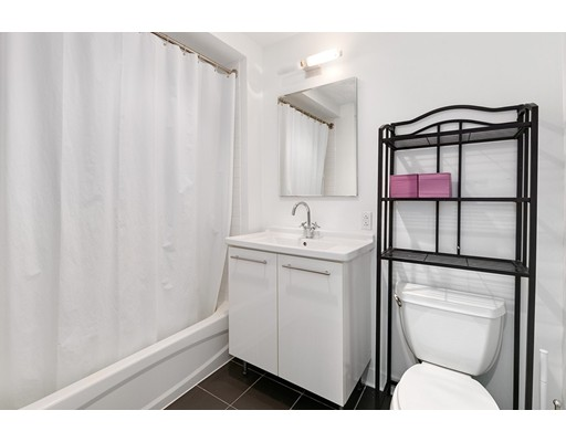 Picture 11 of 2 Earhart St Unit 607 Cambridge Ma 1 Bedroom Condo