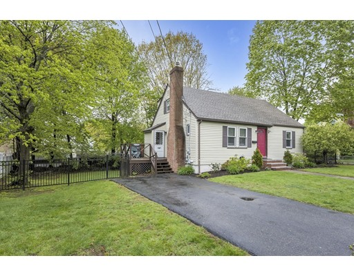 Picture 1 of 20 Kingdom Ter  Peabody Ma  4 Bedroom Single Family#