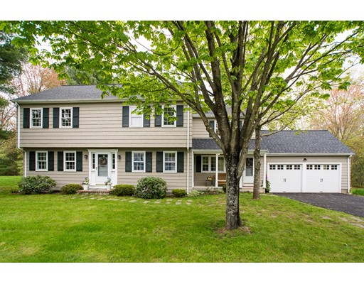 74 Colonial Rd, Medfield, MA 02052
