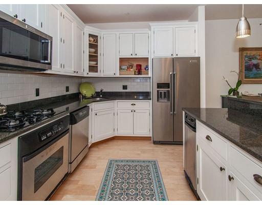 Picture 6 of 406 Marlborough St Unit 4 Boston Ma 2 Bedroom Condo