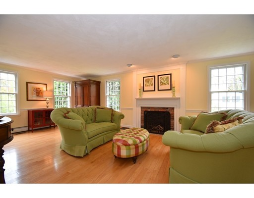 Picture 7 of 142 Longfellow Rd  Sudbury Ma 5 Bedroom Single Family