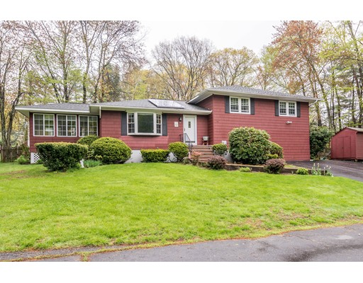Picture 1 of 14 Crestshire Ln  Methuen Ma  5 Bedroom Single Family#