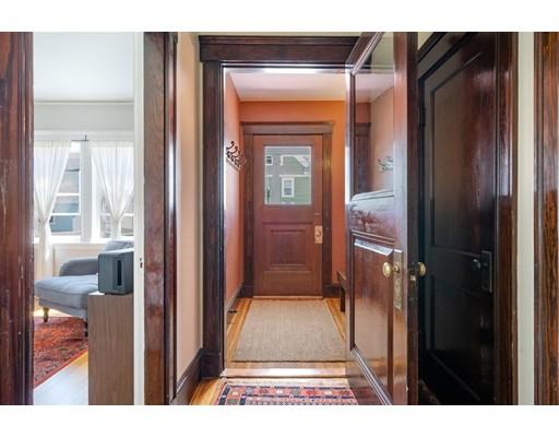 Picture 4 of 211 Roslindale Ave Unit 1 Boston Ma 1 Bedroom Condo