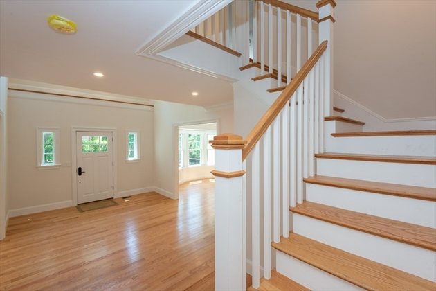 Picture 5 of 393 Clinton Rd  Brookline Ma 4 Bedroom Single Family