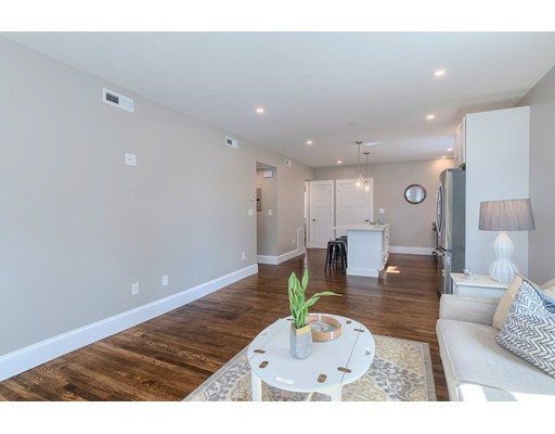 Picture 6 of 251 Rantoul St Unit 1 Beverly Ma 2 Bedroom Condo