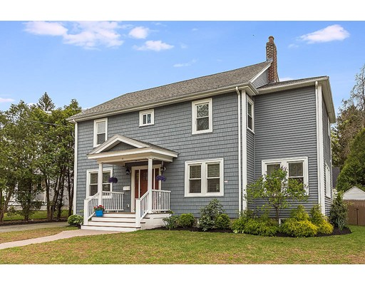 Picture 2 of 14 Brookside Ave  Winchester Ma 4 Bedroom Single Family