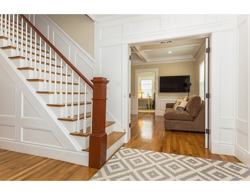 Picture 3 of 14 Brookside Ave  Winchester Ma 4 Bedroom Single Family