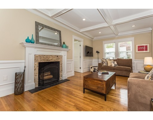 Picture 4 of 14 Brookside Ave  Winchester Ma 4 Bedroom Single Family