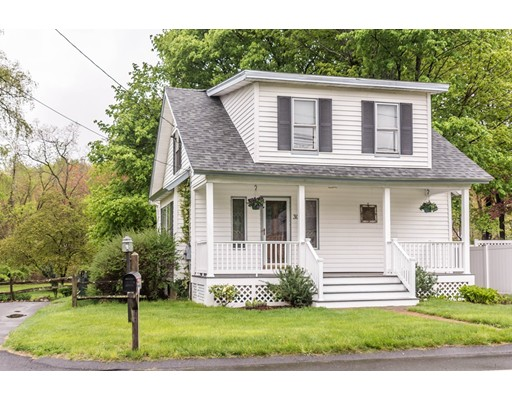 Picture 3 of 305 Arlington St  Dracut Ma 2 Bedroom Single Family