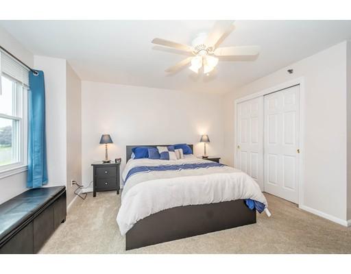 Picture 12 of 94 Tennis Plaza Rd Unit 9 Dracut Ma 2 Bedroom Condo